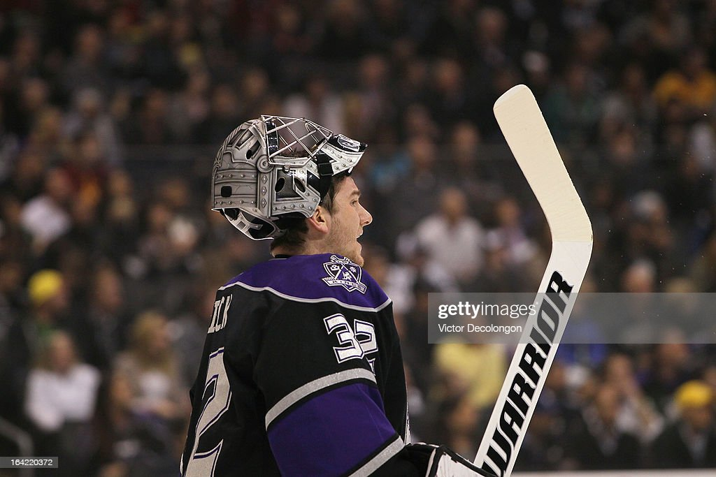 Goaltender <a gi-track='captionPersonalityLinkClicked' href=/galleries/search?phrase=Jonathan+Quick&family=editorial&specificpeople=2271852 ng-click='$event.stopPropagation()'>Jonathan Quick</a> #32 of the Los Angeles Kings talks to his defensemen during a break in NHL game action against the Phoenix Coyotes at Staples Center on March 18, 2013 in Los Angeles, California. The Kings defeated the Coyotes 4-0.