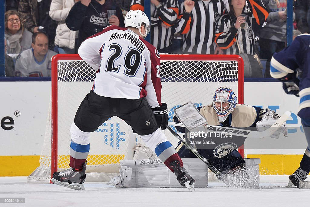 Photos et images de Colorado Avalanche v Columbus Blue Jackets ...