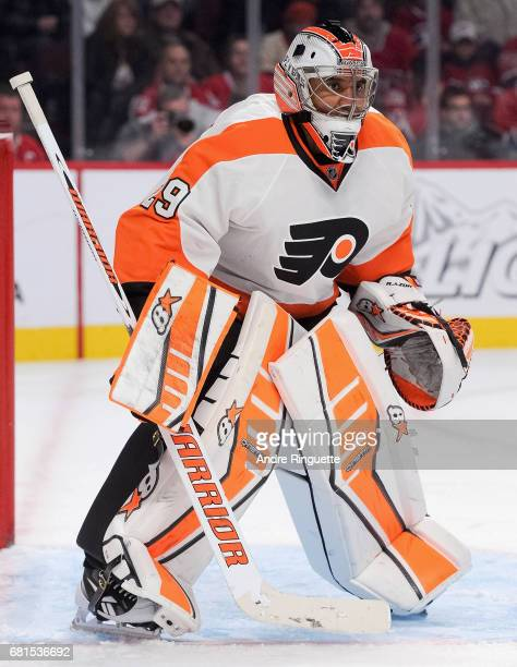Goaltender Ray Emery of the Philadelphia Flyers plays in the game against the Montreal Canadiens at the Bell Centre on November 15 2014 in Montreal...