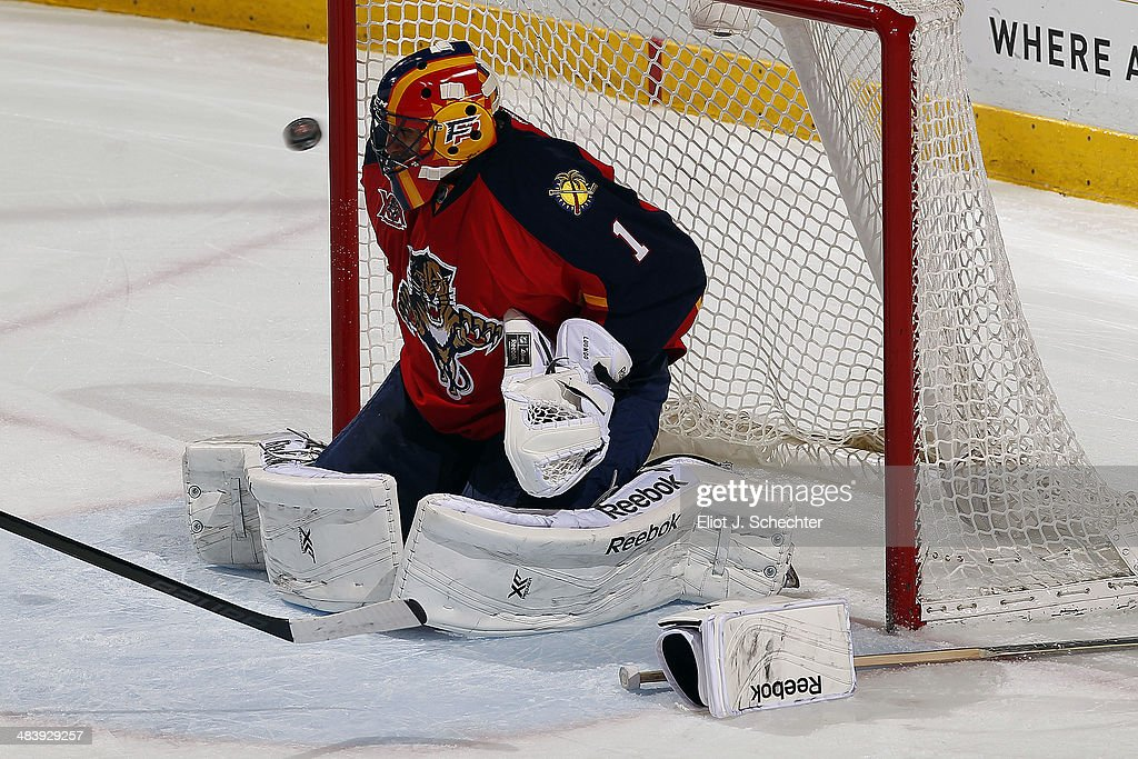Goaltender <a gi-track='captionPersonalityLinkClicked' href=/galleries/search?phrase=Roberto+Luongo&family=editorial&specificpeople=202638 ng-click='$event.stopPropagation()'>Roberto Luongo</a> #1 of the Florida Panthers defends the net after loosing his blocker glove against the Toronto Maple Leafs at the BB&T Center on April 10, 2014 in Sunrise, Florida.
