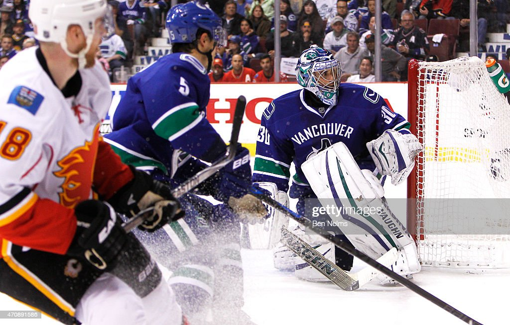 Goaltender Ryan Miller of the Vancouver Canucks watches play while facing the Calgary Flames during Game Five of the Western Conference Quarterfinals...