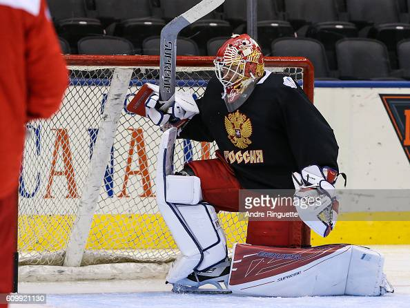 goaltender-sergei-bobrovsky-of-team-russia-gets-back-to-his-feet-the-picture-id609921130?s=594x594