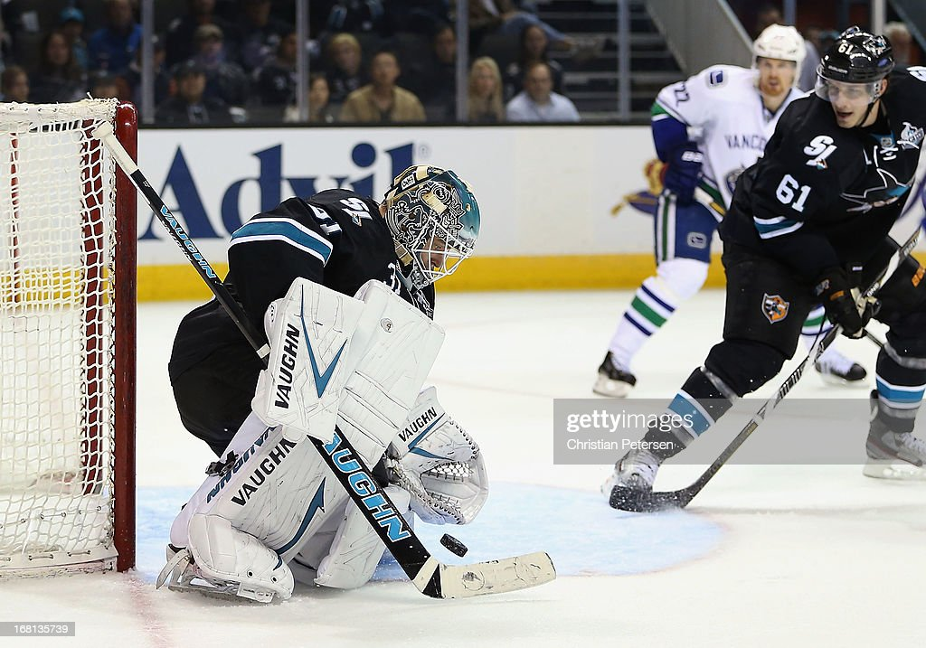 Goatlender Antti Niemi #31 of the San Jose Sharks makes a save on the shot in Game Three of the Western Conference Quarterfinals against the Vancouver Canucks during the 2013 NHL Stanley Cup Playoffs at HP Pavilion on May 5, 2013 in San Jose, California. The Sharks defeated the Canucks 5-2.