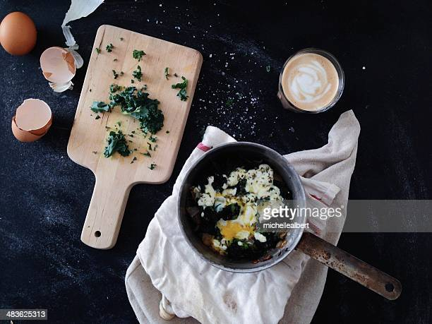 Goats cheese and Kale frittata with latte coffee