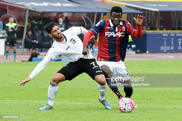 Godfred Donsah of Bologna FC in action during the Serie A match between Bologna FC and US Citta di Palermo at Stadio Renato Dall'Ara on October 18...