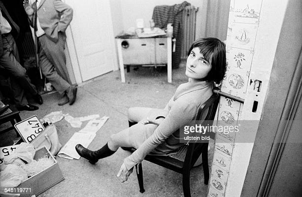 Goergens Irene Terrorist Germany Member of the Red Army Faction at a conspirative flat in Berlin Knesebeckstrasse 89
