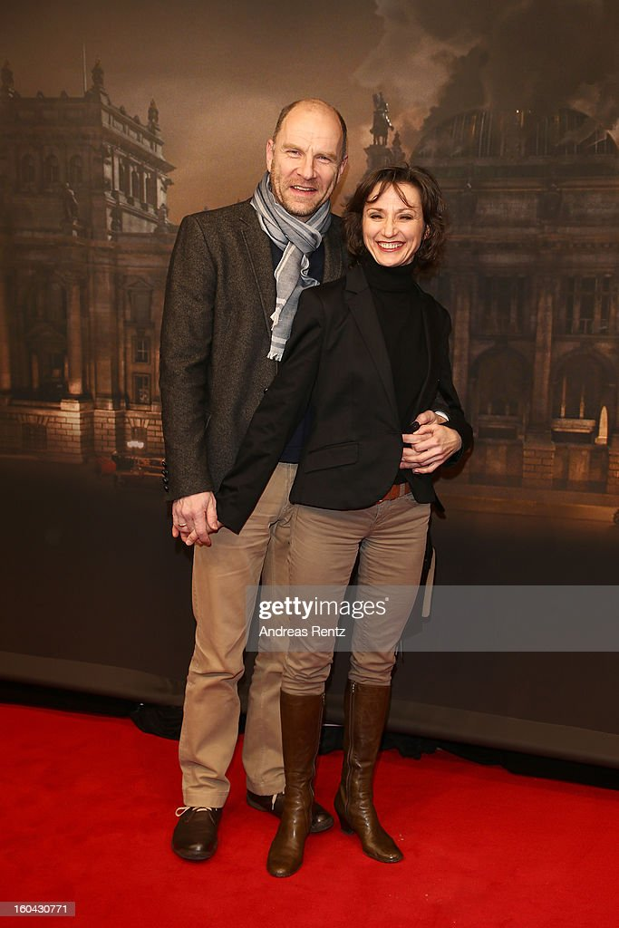 Goetz Schubert and Simone Witte attend 'Nacht Ueber Berlin' Preview at Astor Film Lounge on January 31, 2013 in Berlin, Germany.
