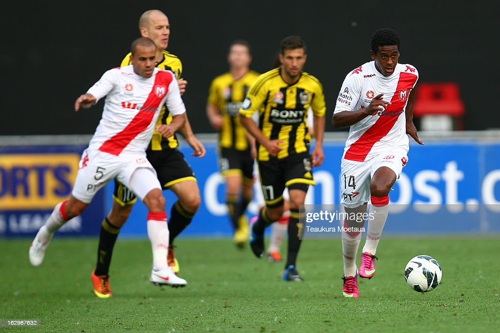 Goigoi Mebrahtu of the Melbourne Heart looks to ttack during the round 23 A-League match between the Wellington Phoenix and the Melbourne Heart at Forsyth Barr Stadium on March 3, 2013 in Dunedin, New Zealand.