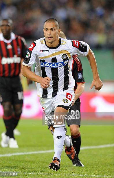 Gokhan Inler of Udinese Calcio in action during the serie A match between Udinese Calcio and AC Milan at Stadio Friuli on September 23 2009 in Udine...