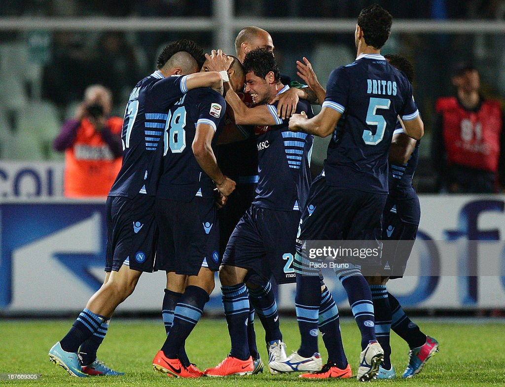 Gokhan Inler #88 with his teammates of SSC Napoli celebrates after scoring the opening goal during the Serie A match between Pescara and SSC Napoli at Adriatico Stadium on April 27, 2013 in Pescara, Italy.