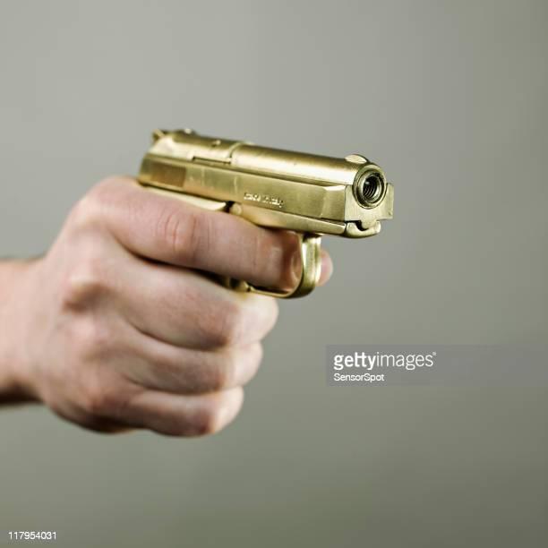 Oro Pistola