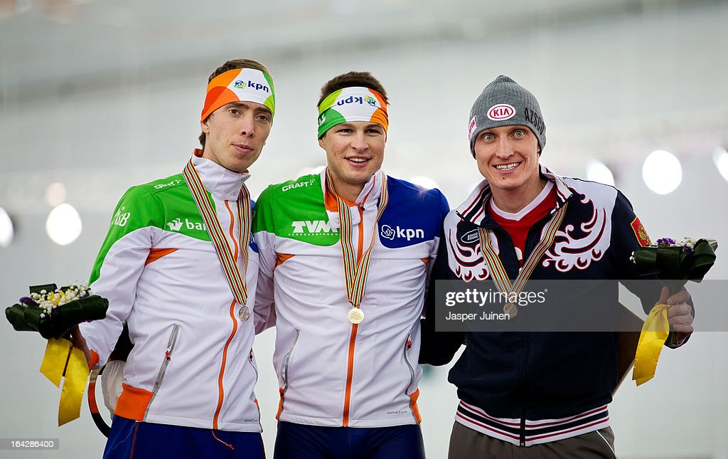 Gold medal winner <a gi-track='captionPersonalityLinkClicked' href=/galleries/search?phrase=Sven+Kramer&family=editorial&specificpeople=769363 ng-click='$event.stopPropagation()'>Sven Kramer</a> (C) of the Netherlands poses with Jorrit Bergsma (L), silver, of the Netherlands and <a gi-track='captionPersonalityLinkClicked' href=/galleries/search?phrase=Ivan+Skobrev&family=editorial&specificpeople=725692 ng-click='$event.stopPropagation()'>Ivan Skobrev</a>, bronze, of Russia on the podium after the 5000m race on day two of the Essent ISU World Single Distances Speed Skating Championships at the Adler Arena Skating Center on March 22, 2013 in Sochi, Russia.