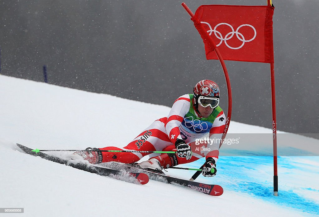 Gold medalist <a gi-track='captionPersonalityLinkClicked' href=/galleries/search?phrase=Carlo+Janka&family=editorial&specificpeople=5622589 ng-click='$event.stopPropagation()'>Carlo Janka</a> of Switzerland competes during the Alpine Skiing Men's Giant Slalom on day 12 of the Vancouver 2010 Winter Olympics at Whistler Creekside on February 23, 2010 in Whistler, Canada.