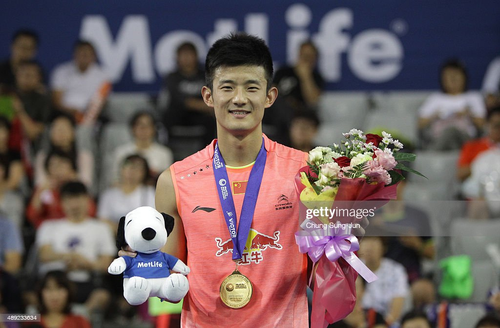 Gold medalist <a gi-track='captionPersonalityLinkClicked' href=/galleries/search?phrase=Chen+Long+-+Badminton+Player&family=editorial&specificpeople=9613842 ng-click='$event.stopPropagation()'>Chen Long</a> of China poses on the podium after the Men's Singles Final match of the 2015 Viktor Korea Badminton Open on September 20, 2015 in Seoul, South Korea.