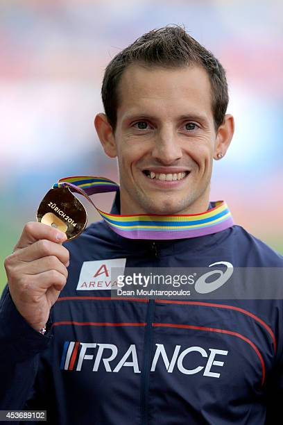 Gold medalist Renaud Lavillenie of France poses with his medal during the medal ceremony for the Men's Pole Vault final during day five of the 22nd...