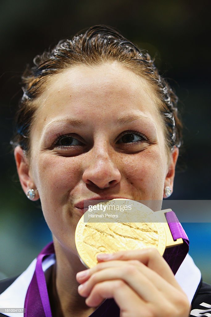 Gold medalist <a gi-track='captionPersonalityLinkClicked' href=/galleries/search?phrase=Sophie+Pascoe&family=editorial&specificpeople=5521857 ng-click='$event.stopPropagation()'>Sophie Pascoe</a> of New Zealand poses with her medal after winning gold in the Women's 200m IM - SM10 on day 1 of the London 2012 Paralympic Games at Aquatics Centre on August 30, 2012 in London, England.