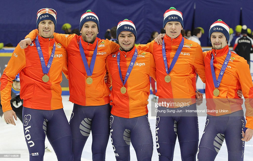 Gold medalists <a gi-track='captionPersonalityLinkClicked' href=/galleries/search?phrase=Daan+Breeuwsma&family=editorial&specificpeople=5579058 ng-click='$event.stopPropagation()'>Daan Breeuwsma</a>, <a gi-track='captionPersonalityLinkClicked' href=/galleries/search?phrase=Sjinkie+Knegt&family=editorial&specificpeople=5581263 ng-click='$event.stopPropagation()'>Sjinkie Knegt</a>, Adwin Snellink and Freek van der Wart of Netherlands pose for medal ceremomy in the Men's 5000M Relay Final A during the ISU World Cup Short Track Speed Skating 2014/15 - Seoul at Mokdong Ice Rink on December 21, 2014 in Seoul, South Korea.
