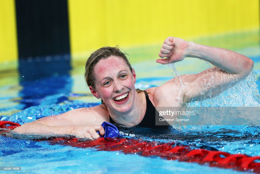 Gold medallist <a gi-track='captionPersonalityLinkClicked' href=/galleries/search?phrase=Hannah+Miley&family=editorial&specificpeople=4333059 ng-click='$event.stopPropagation()'>Hannah Miley</a> of Scotland celebrates after winning the Women's 400m Individual Medley Final at Tollcross International Swimming Centre during day one of the Glasgow 2014 Commonwealth Games on July 24, 2014 in Glasgow, Scotland.