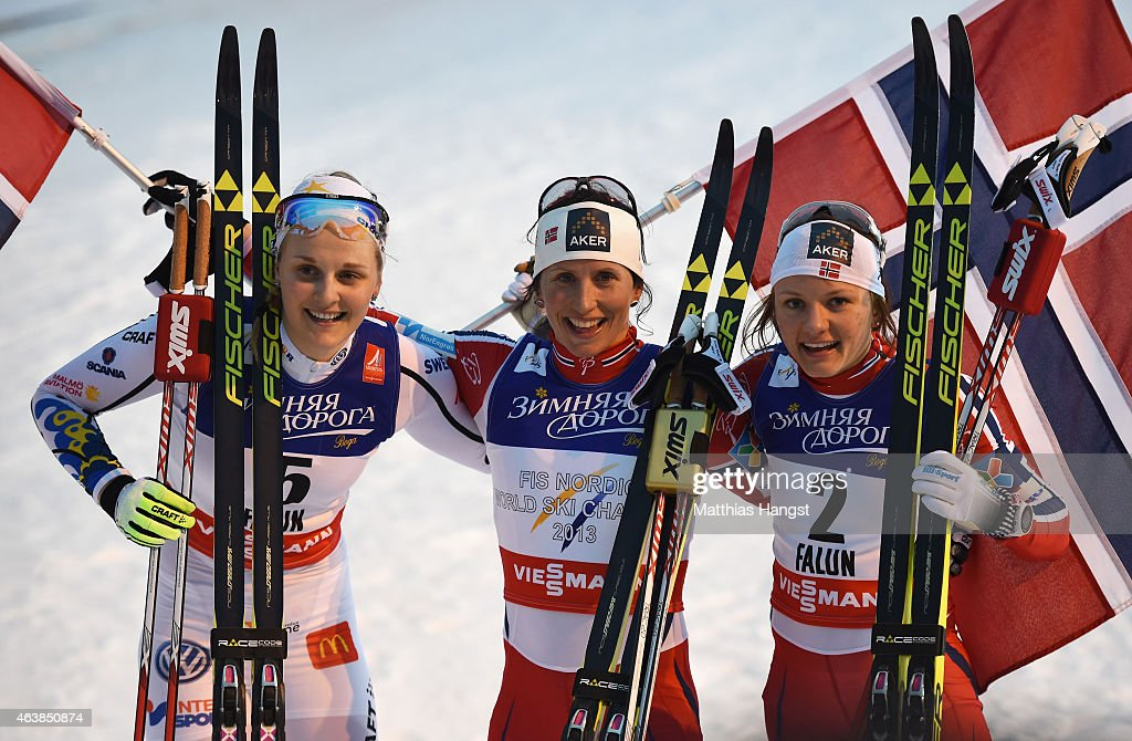 Gold medallist <a gi-track='captionPersonalityLinkClicked' href=/galleries/search?phrase=Marit+Bjoergen&family=editorial&specificpeople=216406 ng-click='$event.stopPropagation()'>Marit Bjoergen</a> (C) of Norway poses with silver medallist <a gi-track='captionPersonalityLinkClicked' href=/galleries/search?phrase=Stina+Nilsson&family=editorial&specificpeople=10116472 ng-click='$event.stopPropagation()'>Stina Nilsson</a> (L) of Sweden and bronze medallist <a gi-track='captionPersonalityLinkClicked' href=/galleries/search?phrase=Maiken+Caspersen+Falla&family=editorial&specificpeople=5646017 ng-click='$event.stopPropagation()'>Maiken Caspersen Falla</a> of Norway after the Women's Cross-Country Sprint Final during the FIS Nordic World Ski Championships at the Lugnet venue on February 19, 2015 in Falun, Sweden.