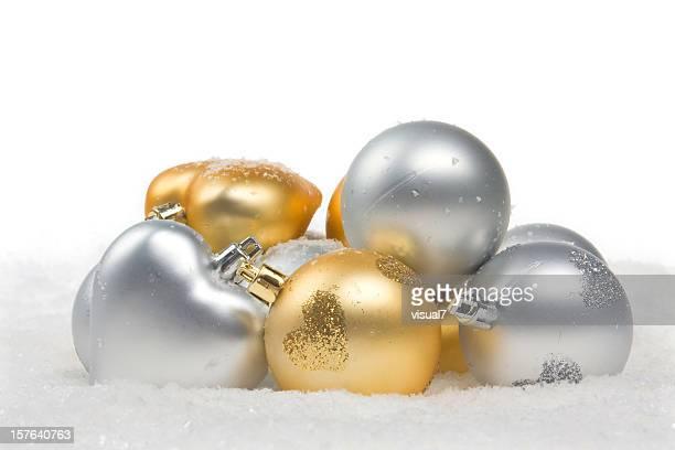 Décorations en or et en argent avec flocons de neige