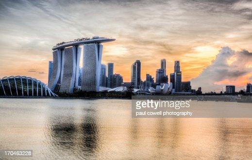 golden light over singapore
