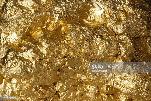 Golden pepita
