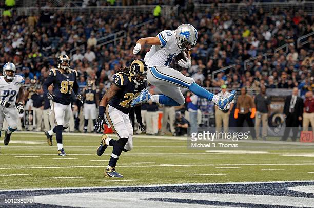Golden Tate of the Detroit Lions scores a touchdown in the third quarter against the St Louis Rams at the Edward Jones Dome on December 13 2015 in St...