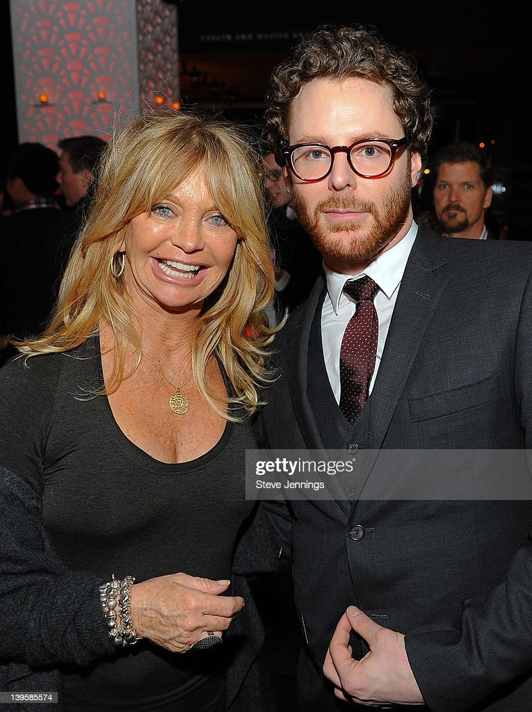 <a gi-track='captionPersonalityLinkClicked' href=/galleries/search?phrase=Goldie+Hawn&family=editorial&specificpeople=171422 ng-click='$event.stopPropagation()'>Goldie Hawn</a> and Sean Parker attend the 3rd Annual TechFellow Awards at SF MOMA on February 22, 2012 in San Francisco, California.