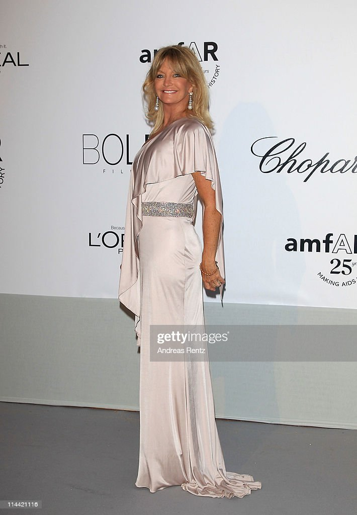 Goldie Hawn attends amfAR's Cinema Against AIDS Gala during the 64th Annual Cannes Film Festival at Hotel Du Cap on May 19, 2011 in Antibes, France.