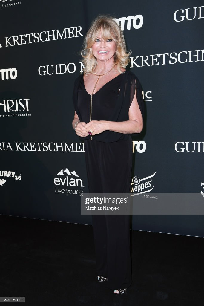 Goldie Hawn attends the Guido Maria Kretschmer Fashion Show Autumn/Winter 2017 at Tempodrom on July 5, 2017 in Berlin, Germany.