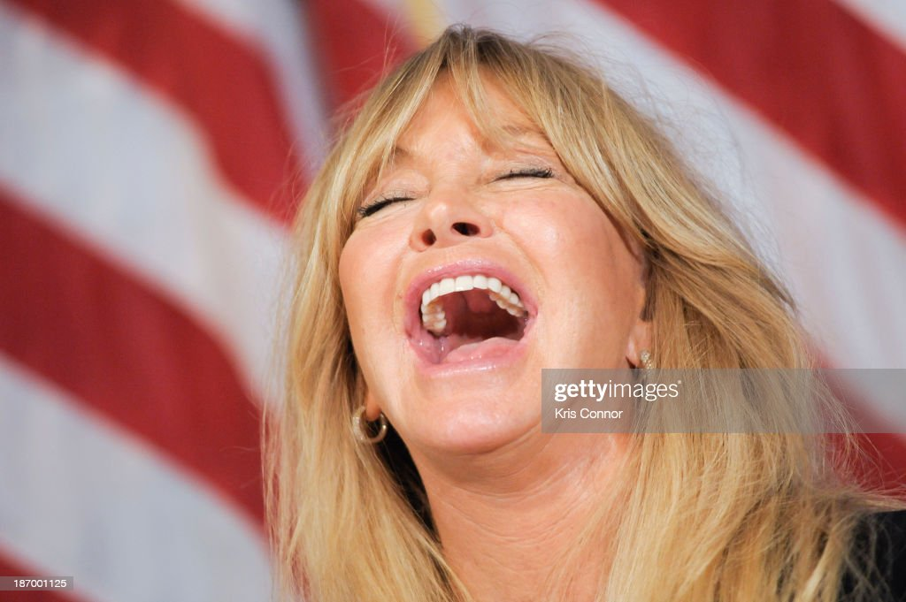<a gi-track='captionPersonalityLinkClicked' href=/galleries/search?phrase=Goldie+Hawn&family=editorial&specificpeople=171422 ng-click='$event.stopPropagation()'>Goldie Hawn</a> speaks on the topic of science-based programs to address emotional stress among children at The National Press Club on November 5, 2013 in Washington, DC.