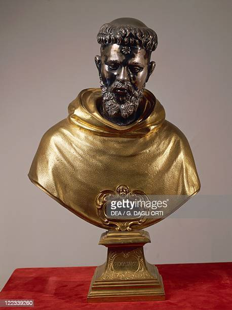 Goldsmith's art 17th century Bronze bust reliquary of Saint Dominic