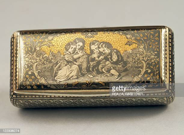Goldsmith's art France 19th century Snuffbox decorated with niello attributed to Louis Alexandre Bruneaux Paris 1840
