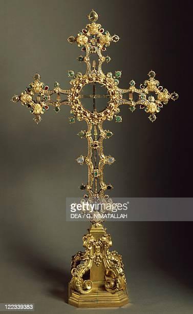 Goldsmith's art Italy 17th century Cosimo Merlini cross reliquary 1620