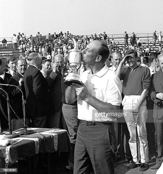 Golf 1967 British Open Championship at Hoylake Roberto de Vicenzo of Argentina celebrates as he kisses the trophy