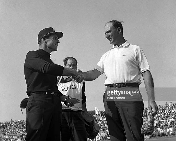 Golf 1967 British Open Golf Championship Hoylake The 1967 Open Champion Argentina's Roberto de Vicenzo right congratulated on his win by South...