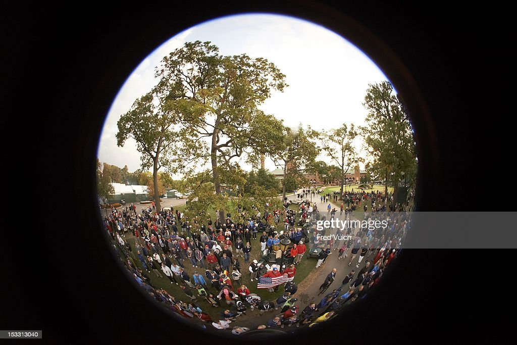 Fisheye view of action during Friday Foursomes at Medinah CC. Fred Vuich F15 )