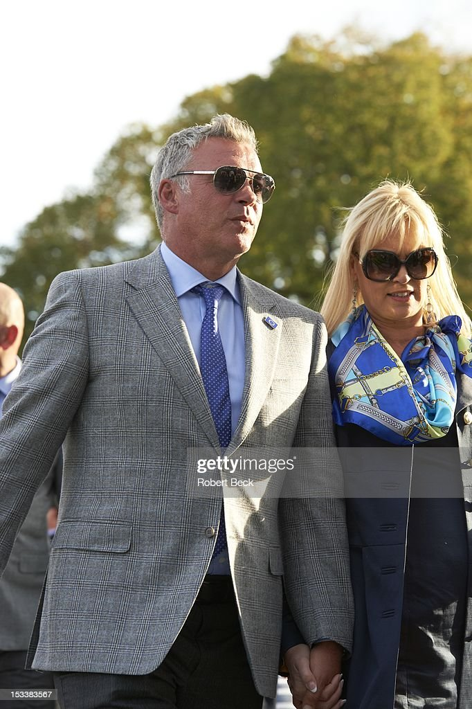 View of Darren Clarke and his wife, Alison Campbell during opening ceremony at Medinah CC. Robert Beck F151 )
