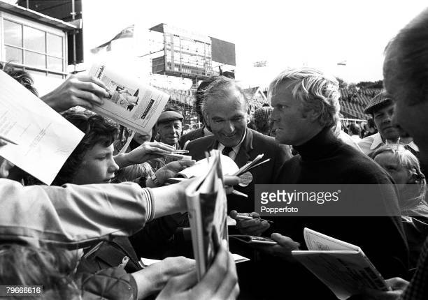 Golf British Open Championships Muirfield Scotland 13th July 1972 Jack Nicklaus of the USA surrounded by autograph hunters prior to his first round...