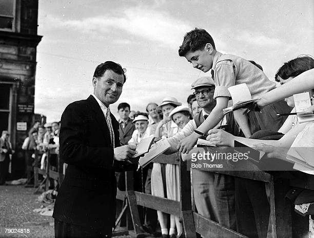 Golf British Open Golf Championships St Andrews Scotland Welsh golfer Dai Rees is pictured signing autographs for his fans