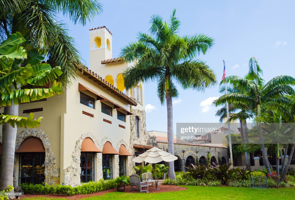 'Golf country club with palm trees in Coral Gables, FL'