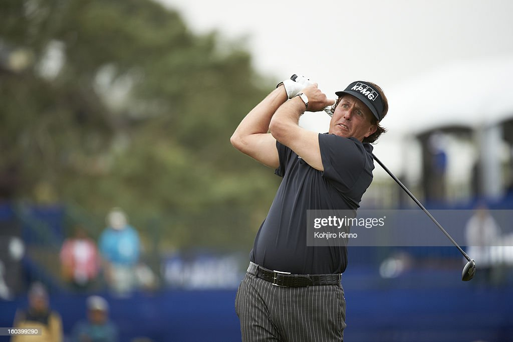 Phil Mickelson in action, drive during Thursday play at Torrey Pines GC. Kohjiro Kinno F248 )