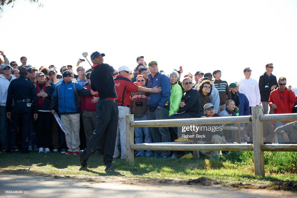 Tiger Woods in action during Monday play at Torrey Pines GC. Robert Beck F47 )