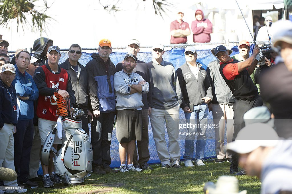 Tiger Woods in action during Monday play at Torrey Pines. Kohjiro Kinno F32 )