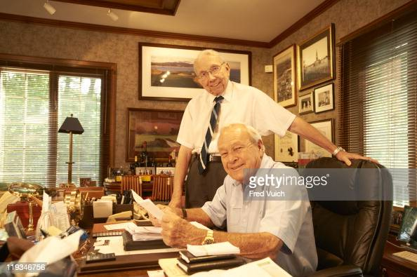 jobs and salary issue portrait of arnold palmer with his personal assistant donald doc golf - Golf Assistant Jobs