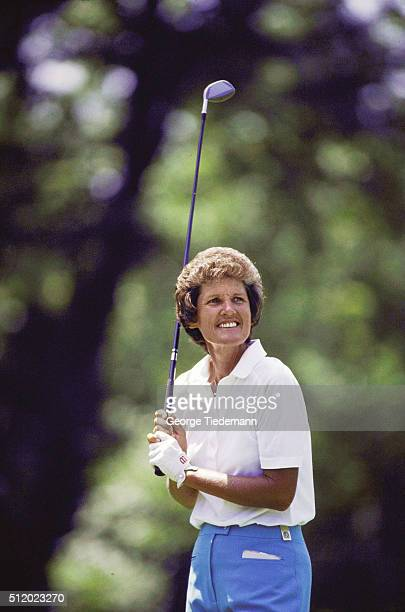 Kathy Whitworth holding up club during tournament CREDIT George Tiedemann