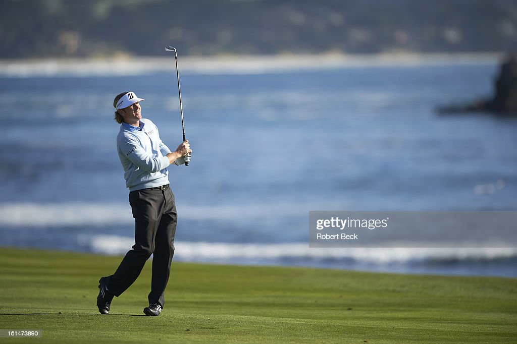 Brandt Snedeker in action during Sunday play at Pebble Beach Golf Links. Robert Beck F162 )