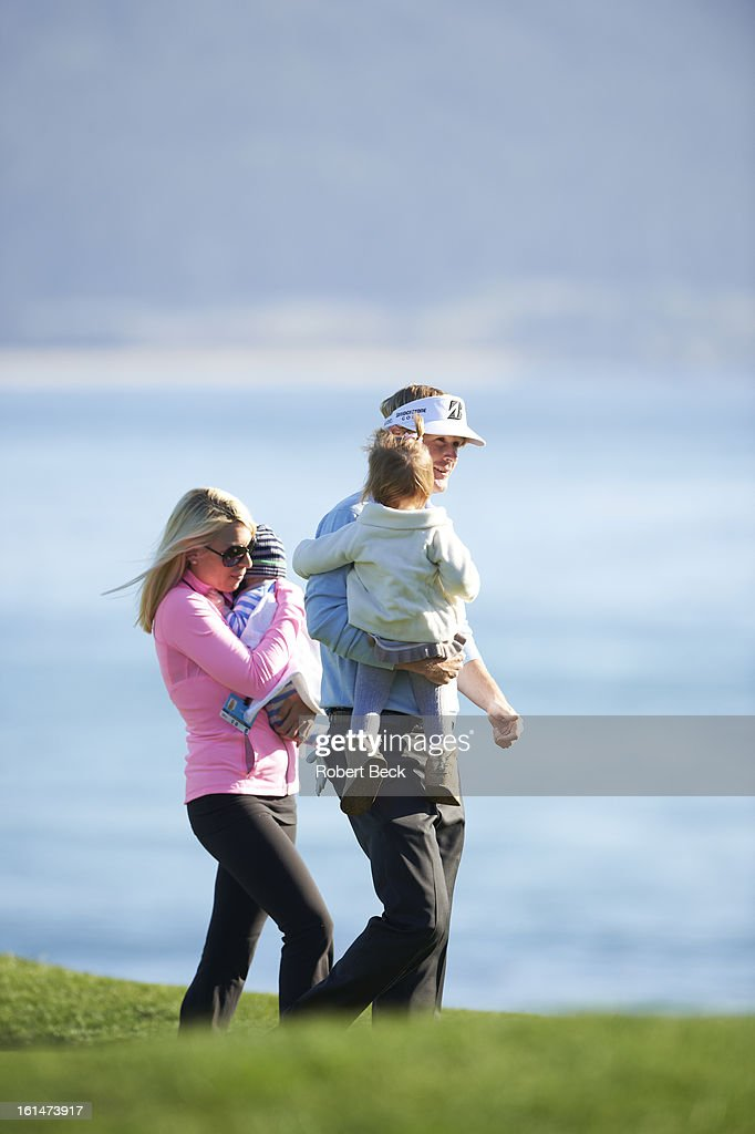 Brandt Snedeker victorious with his wife Mandy, daughter Lily, and son Austin on No 18 green after winning tournament on Sunday at Pebble Beach Golf Links. Robert Beck F292 )