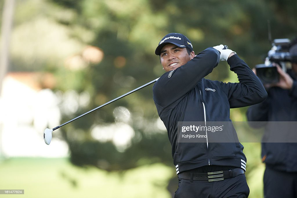 Closeup of Luke Guthrie in action, drive during Sunday play at Pebble Beach Golf Links. Kohjiro Kinno F10 )