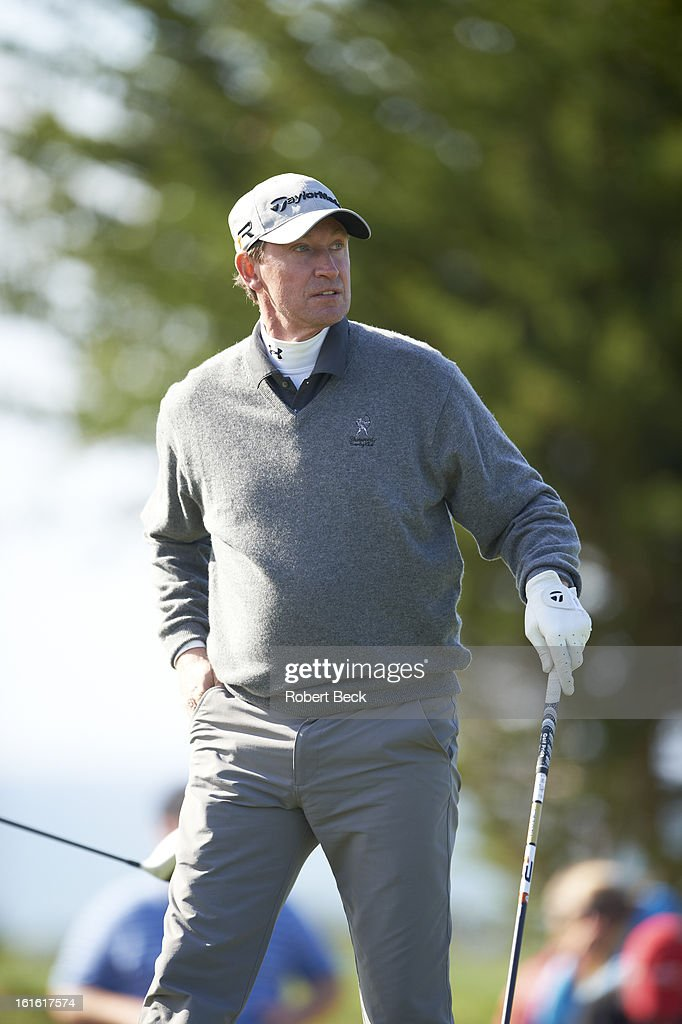 Former hockey player and NHL Hall of Famer Wayne Gretzky during Thursday play at Pebble Beach Golf Links. Robert Beck F130 )